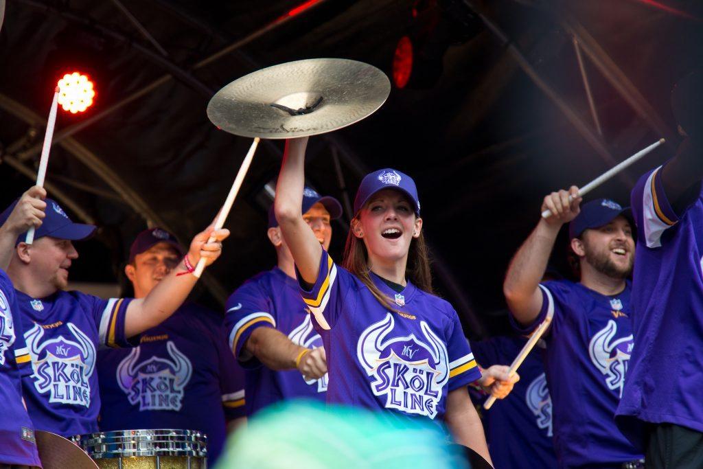 Minnesota Vikings Skol Line band