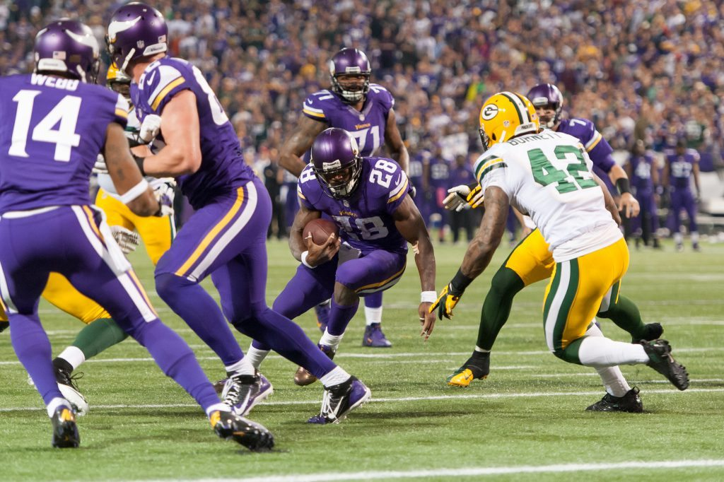 Minnesota Vikings Green Bay Packers Rivalry football nfl
