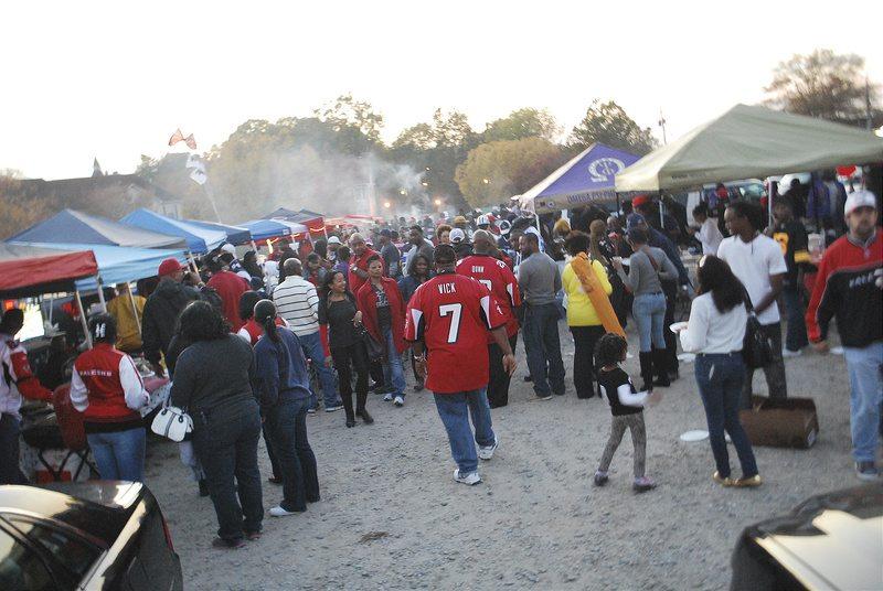 Atlanta Falcons fans tailgating