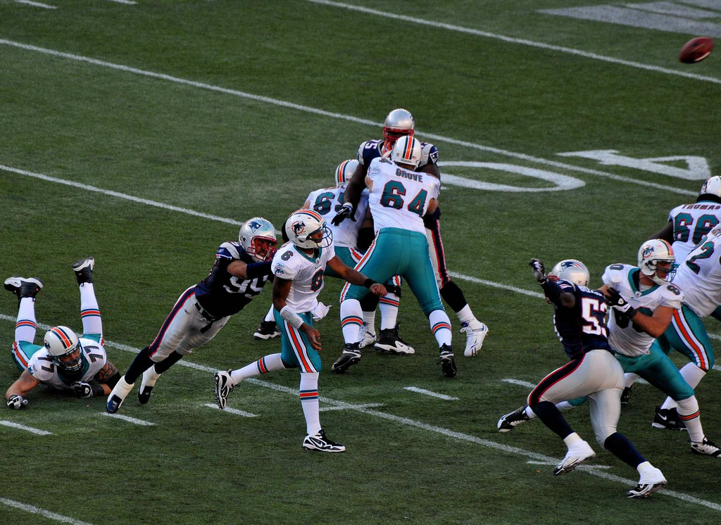 football game Miami Dolphins New England Patriots Rivalry