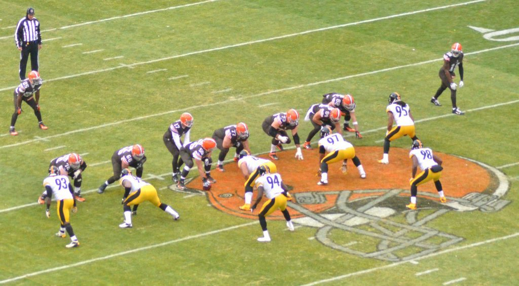 Turnpike Rivalry Cleveland Browns vs Pittsburgh Steelers game