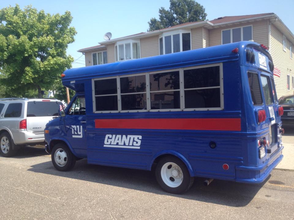 New York Giants tailgate bus