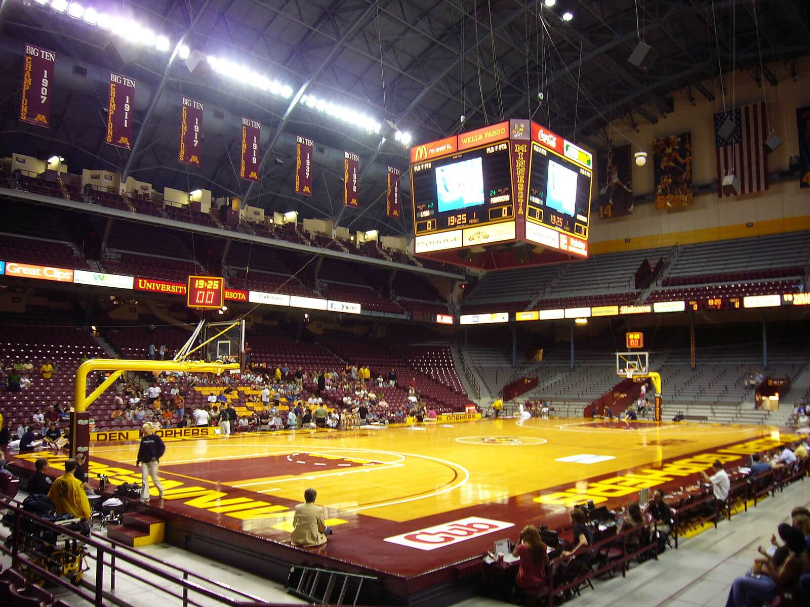 Williams Arena raised court