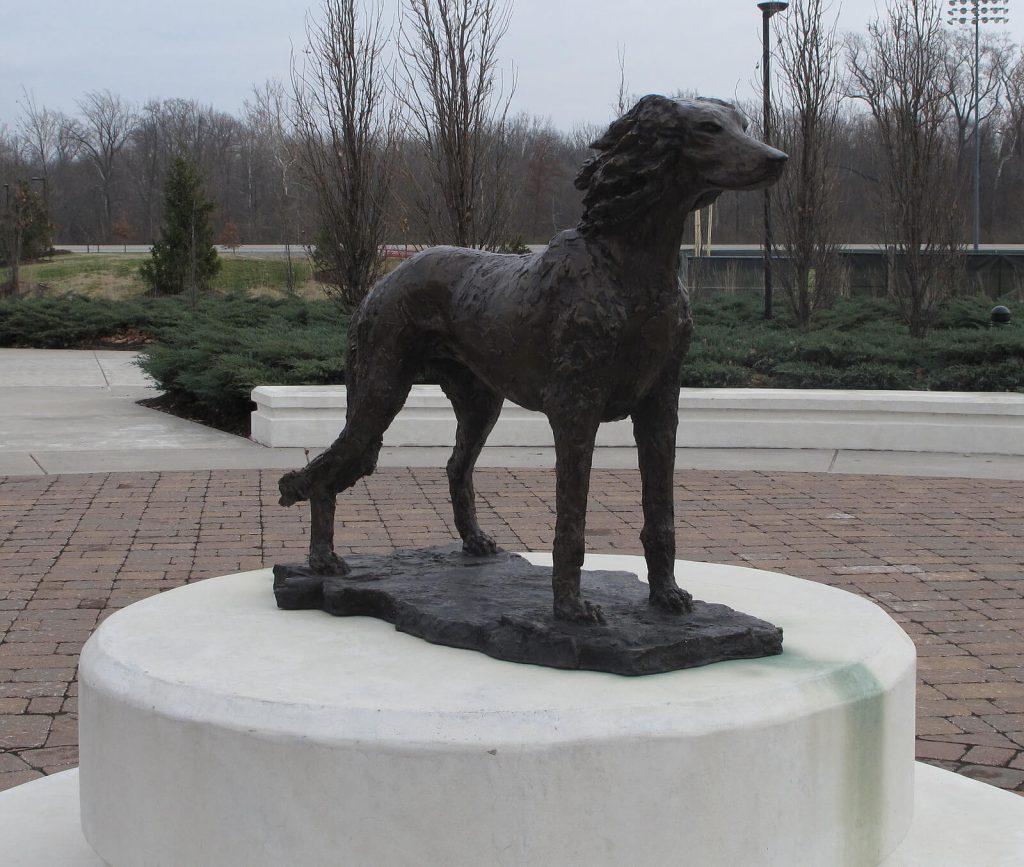 SIU Southern Illinois Salukis Statue