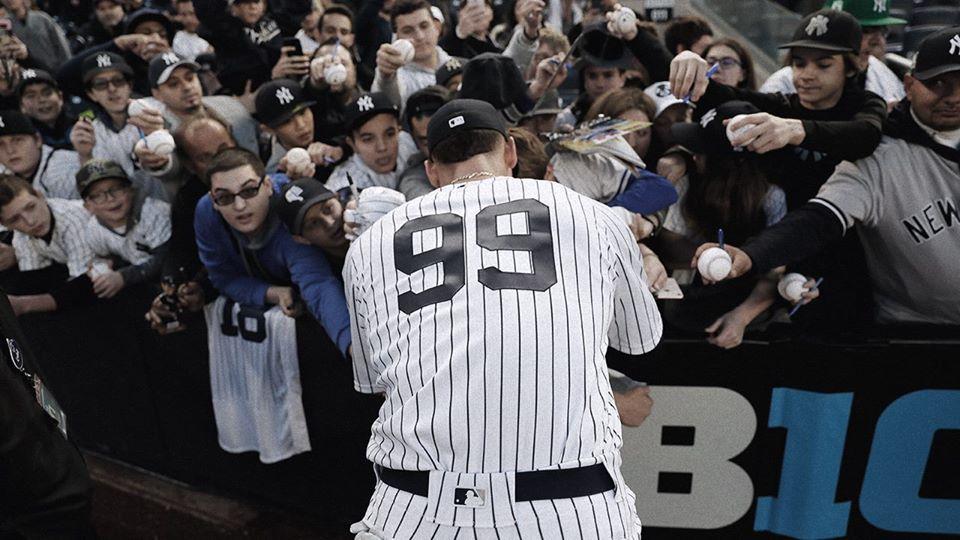 New York Yankees fans player