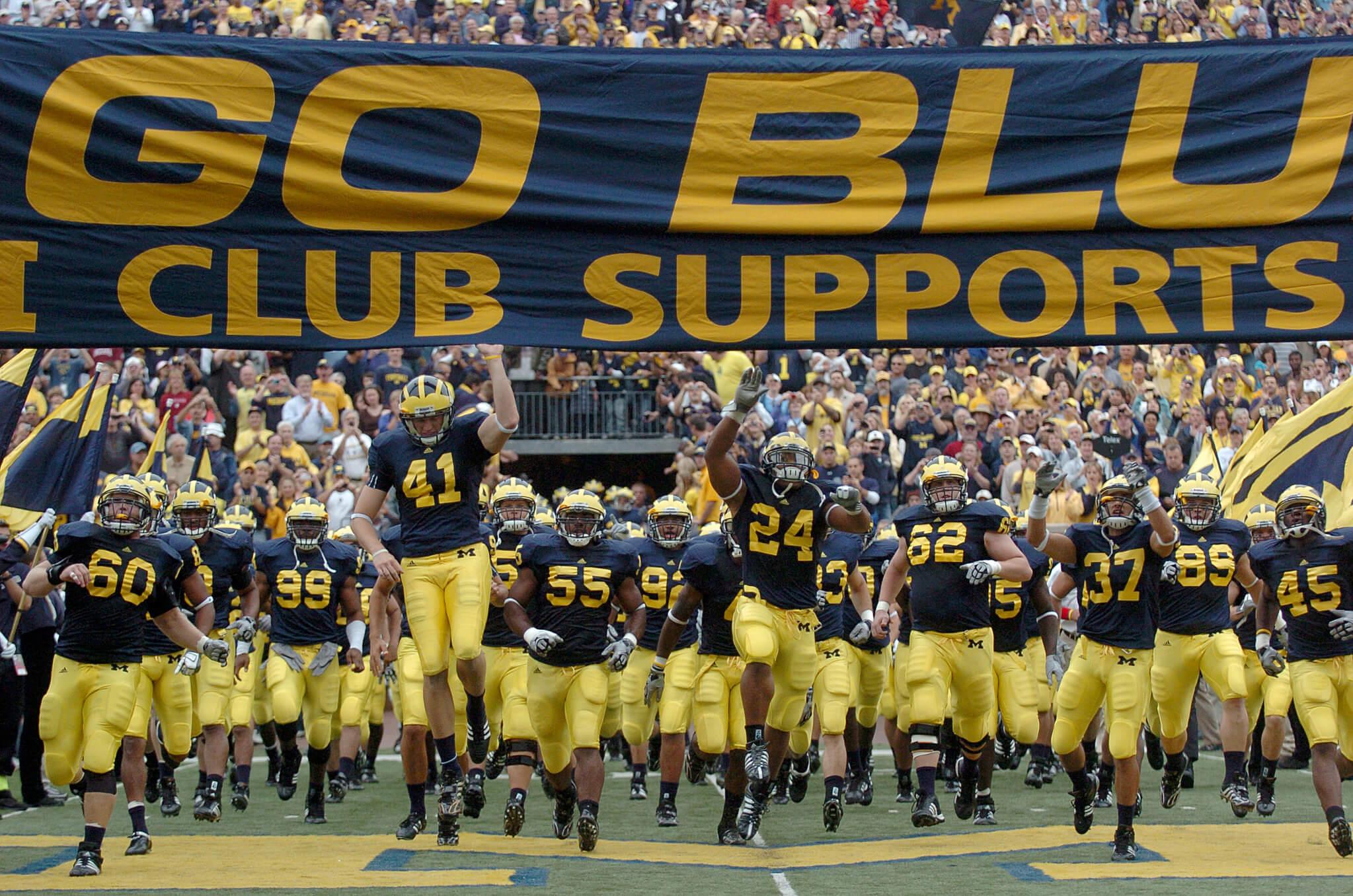 Michigan Wolverines Go Blue Banner run entrance