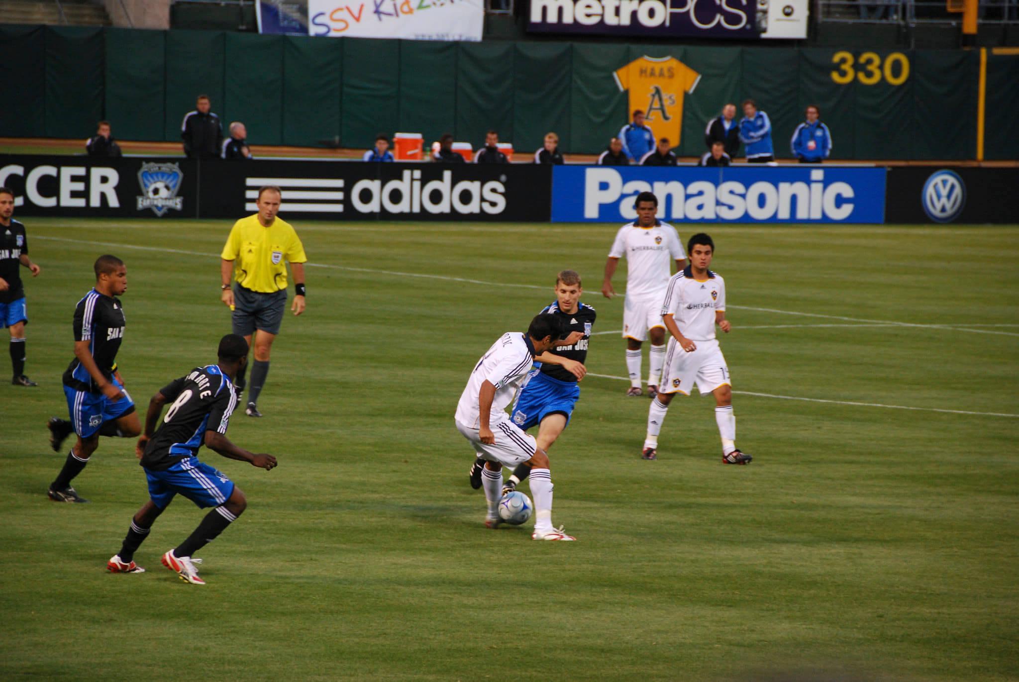 LA Galaxy vs San Jose Earthquakes MLS California Clasico rivalry