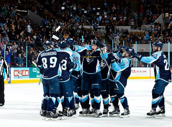 Milwaukee Admirals win victory hockey