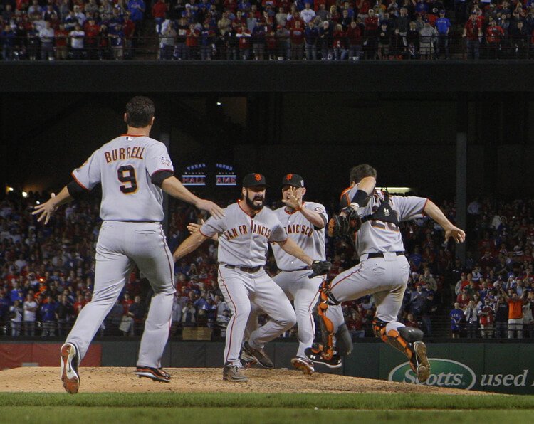 San Francisco Giants win victory baseball game